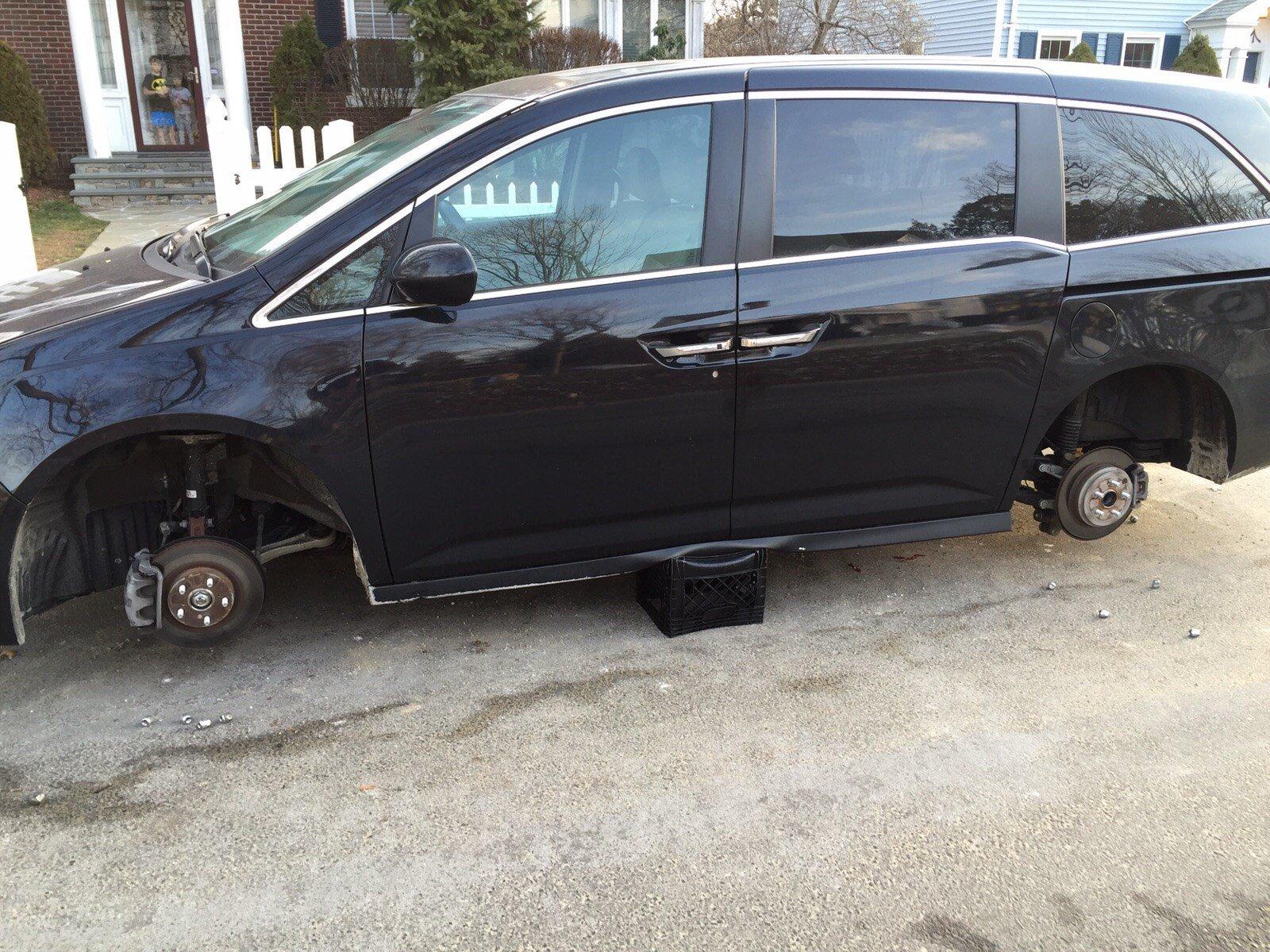 Tires stolen off Charles Kirshner's car