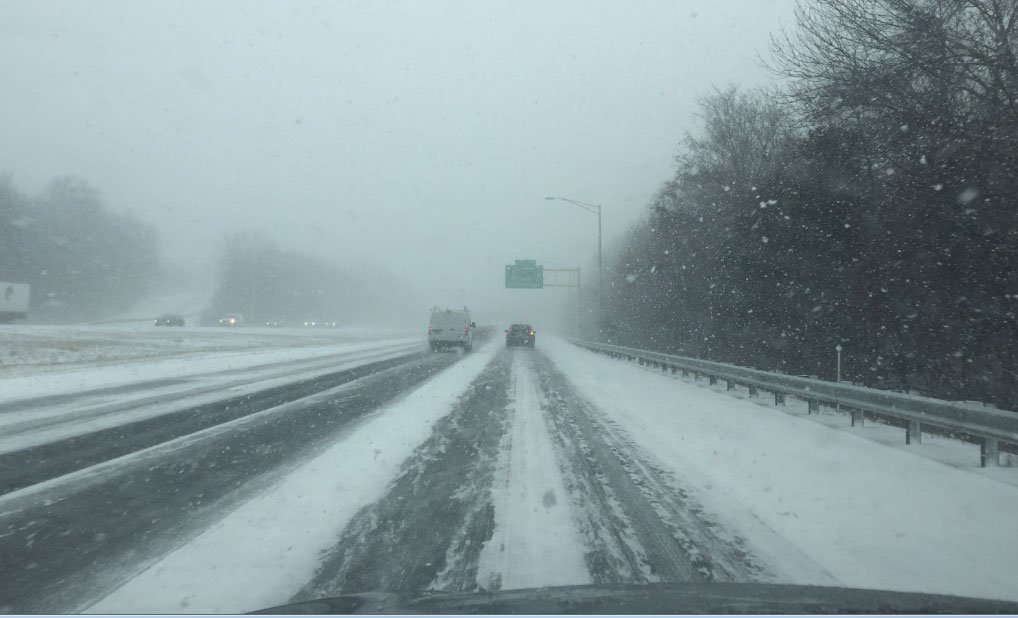 Conditions were worsening on the southbound side of Interstate 91 in Meriden. (WFSB)