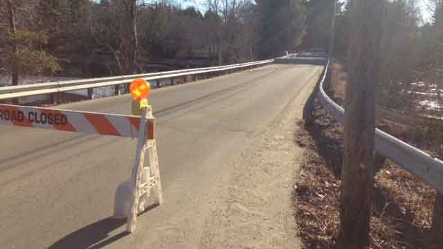 Griswold bridge closes for safety reasons (WFSB)