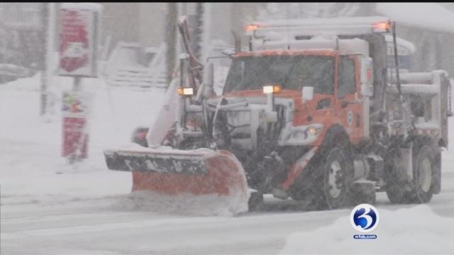 Town crews worked hard clearing snow in southeastern Connecticut. (WFSB)