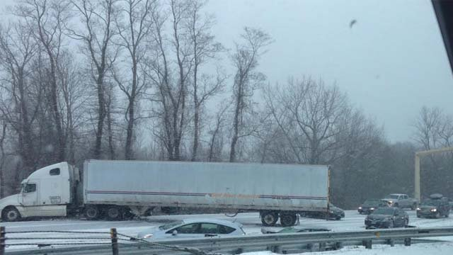 Jackknifed tractor trailer closed I-91 south in North Haven on Monday afternoon (Jessica Roessler--iwitness)