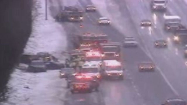 Multi-car crash reported on I-84 near exit 58 in East Hartford. (CT DOT)