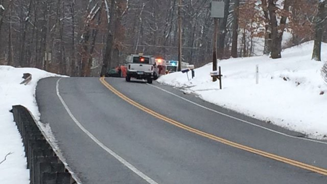A deadly crash closes Route 74 in Tolland (WFSB)