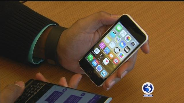 Eyewitness News took a lookat how you canprotect your personal information when downloading new apps. (WFSB)
