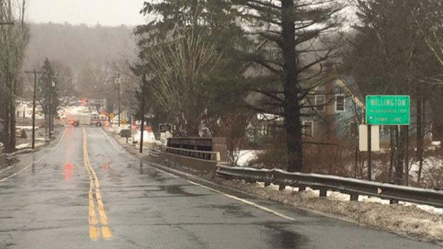 oute 74, which is also known as Tolland Stage Road, is closed between exit 69 and Route 32. (@TollandAlert)