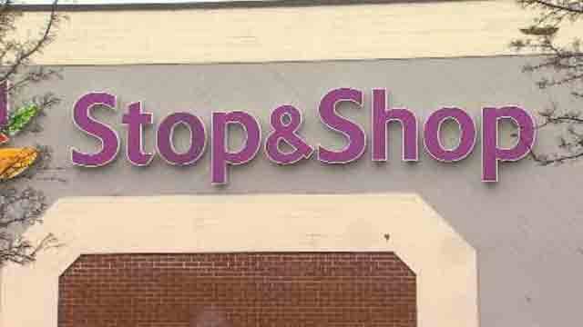 Stop and Shop reaches a tentative agreement with unionized workers in Connecticut. (WFSB file photo)