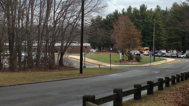 Highland Elementary School is dismissing early on Thursday. (WFSB)