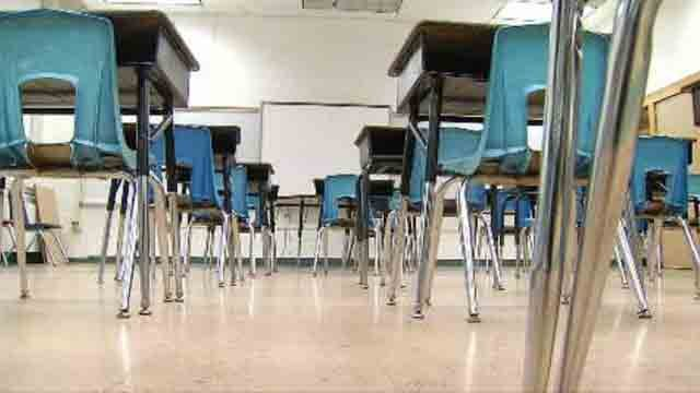 Officials are moving one step closer to try to decide what to do with an aging school building in Prospect. (WFSB)